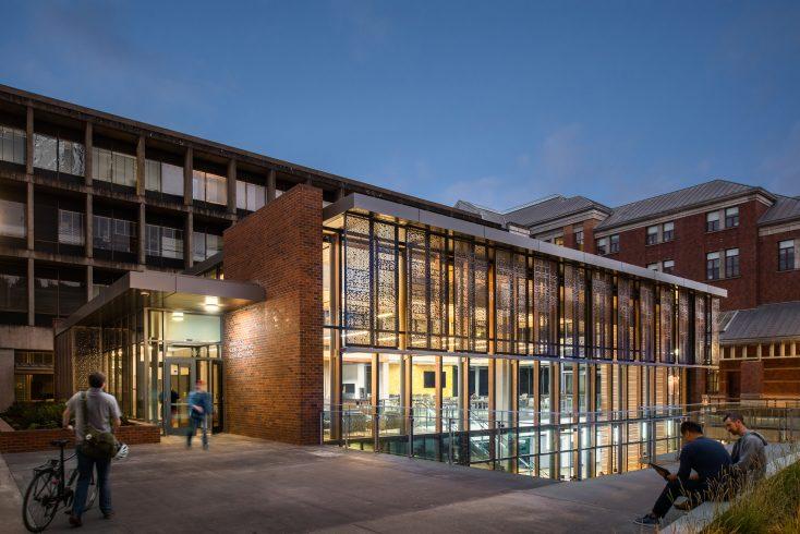 University of Oregon image -