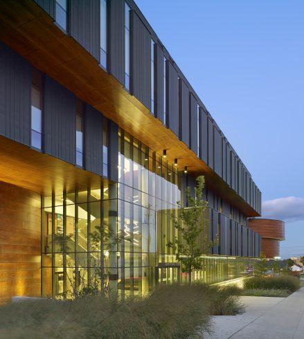 Wilfrid Laurier University image - @Tom Arban