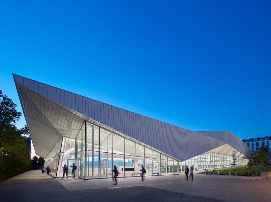 University of British Columbia - University of British Columbia Aquatic Centre
